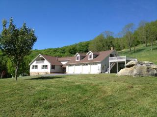 Heavenly Retreat & Private Trails By Spruce Knob - Seneca Rocks vacation rentals