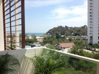 Villas for rent in Khao Takiab: C6032 - Prachuap Khiri Khan Province vacation rentals