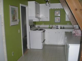 Bright Condo with Deck and Internet Access - South Kingstown vacation rentals