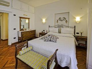 Amalfi coast - Italy   Charming B&B - Maiori vacation rentals