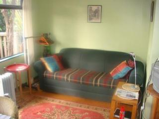 Nice Cottage with Internet Access and DVD Player - Collingwood vacation rentals