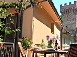 Casa due Torri - charming home -Authentic Tuscany - Pisa vacation rentals