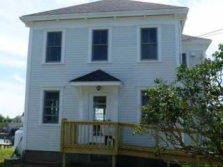 4 bedroom House with Internet Access in Beals - Beals vacation rentals