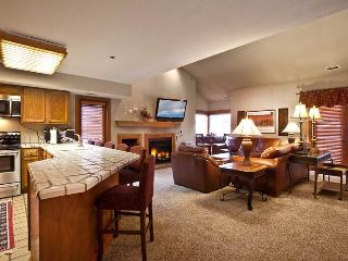 2 bedroom Apartment with Internet Access in Park City - Park City vacation rentals