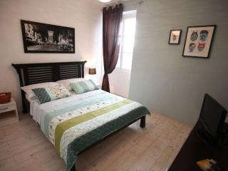 UNESCO heritage site double bedroom - Split vacation rentals