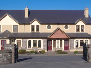 SEEFIN GROVE 4 STAR HOLIDAY RENTAL - Glenbeigh vacation rentals