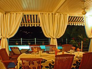 VILLA LA FLAMBOYANTE 4 **** &  4 Clésvacances - Sainte-Anne vacation rentals