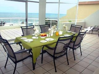 Self catering beach apartment - KwaZulu-Natal vacation rentals