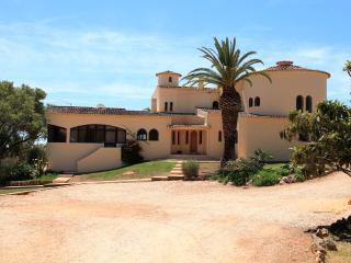 3 Bedroom apartment - magnificent villa guesthouse - Lagos vacation rentals