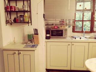 STUDIO CENTER OF CANNES - Cannes vacation rentals