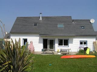 AUDIERNE' BAY s heart,  wood house 10 persons - Le Guilvinec vacation rentals