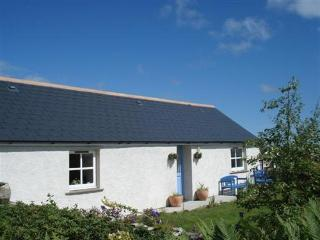 Cozy 2 bedroom Cottage in Hoy with Internet Access - Hoy vacation rentals
