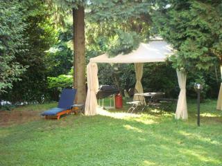Perfect 3 bedroom Villa in Maccagno - Maccagno vacation rentals
