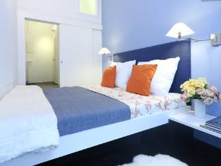 Hip flat, fully equipped, centrally located - Vienna vacation rentals