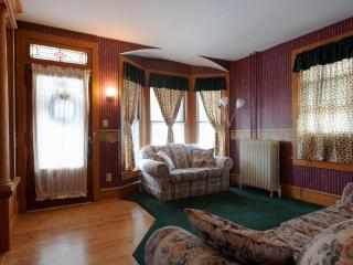 Classic Colonial Beauty in Lancaster County - New Holland vacation rentals
