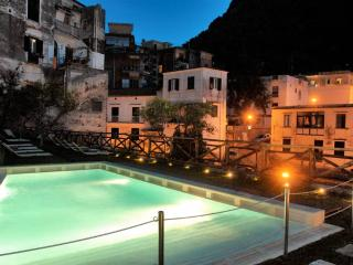 Cartiera with Pool - situated in Amalfi town - Amalfi vacation rentals