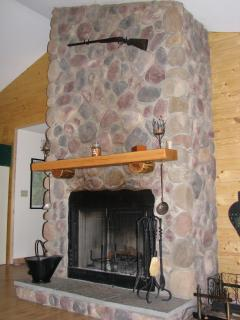 Bright House with Dishwasher and Fireplace - Canadensis vacation rentals