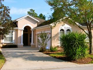 Charming House with Internet Access and A/C - Davenport vacation rentals