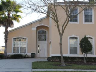 Gorgeous 6BR Villa with Pool, Deals for Nov and Dec 2014 - Davenport vacation rentals