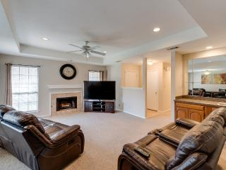 Comfortable 2 bedroom Dallas House with Internet Access - Dallas vacation rentals