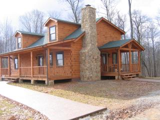 Nice 3 bedroom Cabin in Russell Springs - Russell Springs vacation rentals