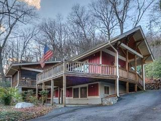 Wonderful House in Montreat with Deck, sleeps 14 - Montreat vacation rentals