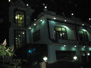 BalaJi Bed and Breakfast (A true HOME AWAY HOME) - Greater Noida vacation rentals
