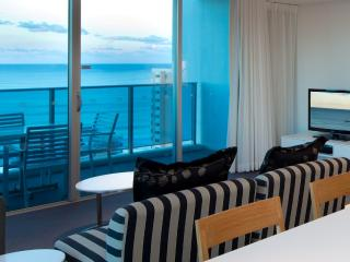 Luxury 2 Bedroom Ocean  best in Surfers Paradise - Surfers Paradise vacation rentals