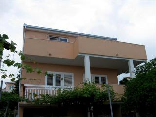 Apartment Cvita - Okrug Gornji vacation rentals