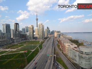 Spectacular views of Toronto & Water - Lakeshore - Toronto vacation rentals