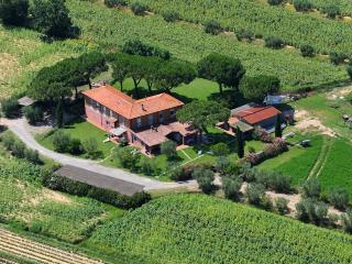 Appartamento STALLA in Agriturismo Pavone - San Bartolomeo al Mare vacation rentals