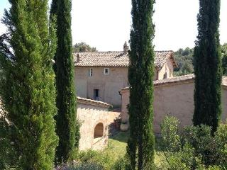 Lovely 6 bedroom Poggio alle Mura Villa with Dishwasher - Poggio alle Mura vacation rentals