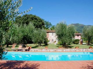 Casa Tonio - San Pietro a Marcigliano vacation rentals