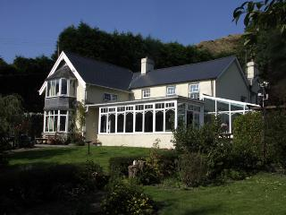 Beautiful 1 bedroom Aberystwyth Bed and Breakfast with Internet Access - Aberystwyth vacation rentals