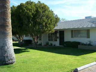 2 bedroom Condo with Deck in Phoenix - Phoenix vacation rentals