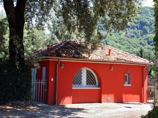 Dependance Lago Blu - Laveno-Mombello vacation rentals