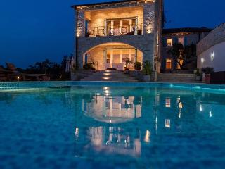 Stunning 5 stars villa, Umag, Istria - Umag vacation rentals