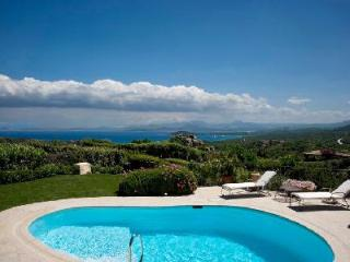 Alice - Stylishly furnished villa with pool, guest house & fabulous views - Cannigione vacation rentals