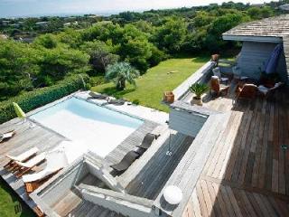 Close to the Beach Very Private Modern Villa Falatte with Private Pool & Entertainment Facilities - Bonifacio vacation rentals