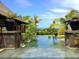 Cassiopee 10 on estate with golf cart to beach, Zen pool & amenities - Mauritius vacation rentals
