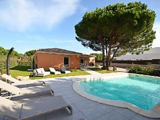 Near the Beach! Child-Friendly Villa Turquoise with Private Pool, Mountain View & Daily Maid - Ile Rousse vacation rentals