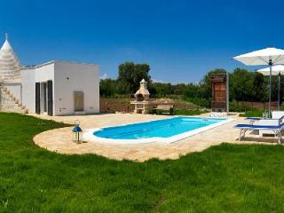 Trullo Ramachandra - Charming villa with pool, ocean view, close to towns & activities - Carovigno vacation rentals