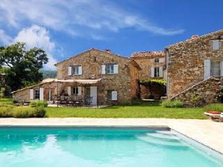 Charming Hillside Country House Le Vieux Chene with Private Heated Pool, Gardens & Views - Apt vacation rentals