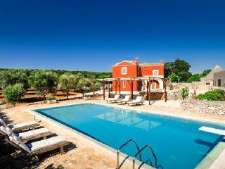 Countryside Masseria Villa La Cupina with pool, magnificent sunset views & close to beach - Mesagne vacation rentals