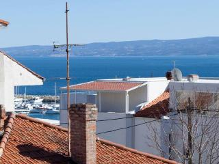 Residential Leo apartment close to the beaches - Split vacation rentals