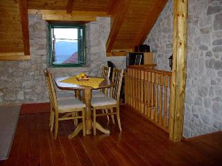 Stone house Modric - Sucuraj vacation rentals