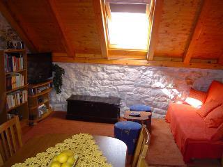 2 bedroom House with Internet Access in Sucuraj - Sucuraj vacation rentals