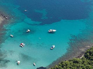 Villa Palma Penthouse Apt, idyllic seaside villa - Sucuraj vacation rentals