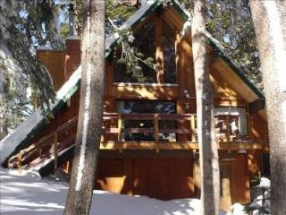 Charming Ski In/Out... Slope-side Cabin... Steps t - Mammoth Lakes vacation rentals