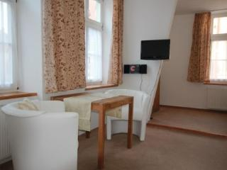 Vacation Apartment in Stralsund - bright, new, cozy (# 3774) - Stralsund vacation rentals